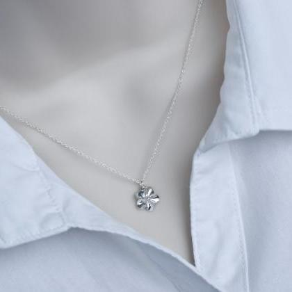 Tiny Sterling Silver Flower Necklac..