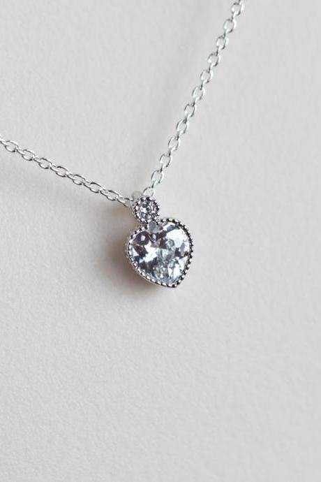 Heart Necklace, Cubic Zirconia Tiny Heart Necklace, Modern Everyday Jewelry, Dainty Delicate Necklace, Diamond Necklace, CZ Jewelry
